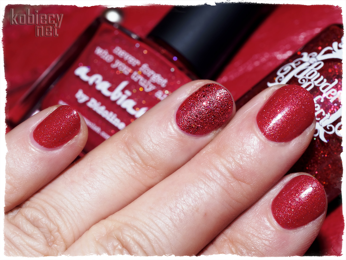 Picture Polish - arabian i Powder Polish - Beginning To Look A Lot Like Xmas